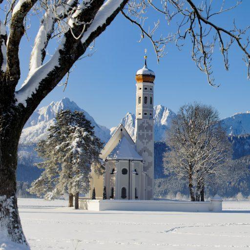 Wallfahrtskirche Bayern im Schnee